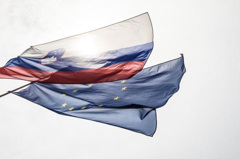 Evropska komisija potrdila spremembo Operativnega programa za izvajanje evropske kohezijske politike v obdobju 2014–2020