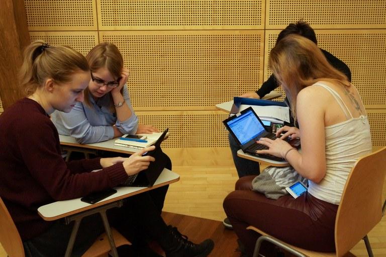 Evropska sredstva za prvo zaposlitev na področju vzgoje in izobraževanja