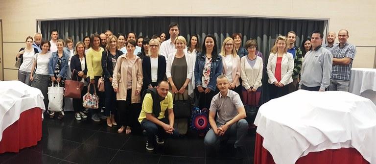 Predstavniki nacionalnih kontrolnih enot iz Madžarske, Avstrije, Hrvaške in Slovenije na usposabljanju za uporabo orodja za oceno tveganja Arachne