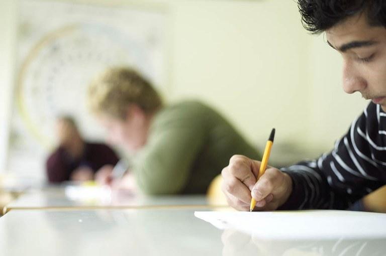 Evropska sredstva za neformalno izobraževanje in usposabljanje