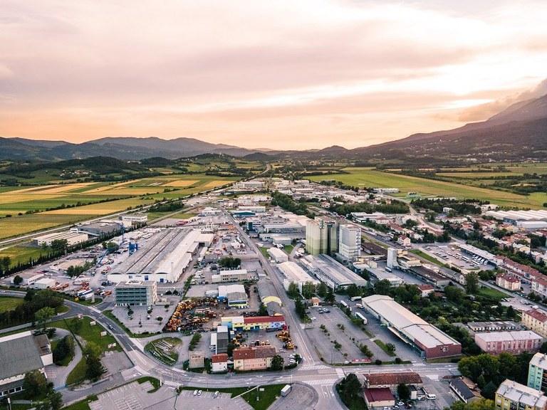 Krepimo gospodarstvo na Goriškem: Evropska sredstva za širitev poslovno-ekonomske infrastrukture v Ajdovščini