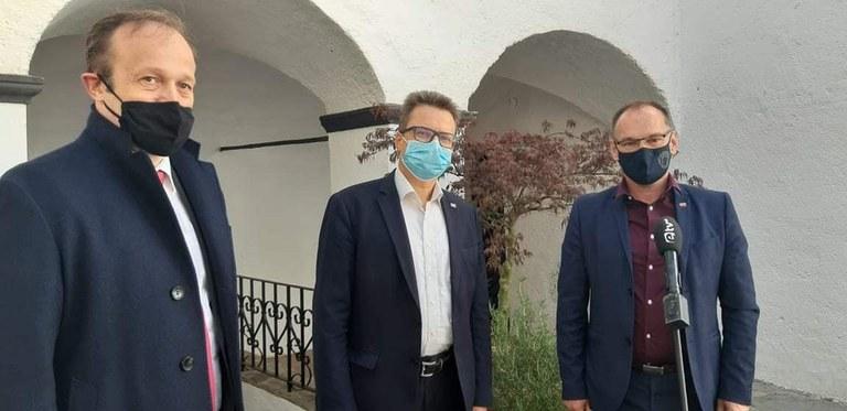 Minister Černač na obisku v Litiji in Šmartnem pri Litiji
