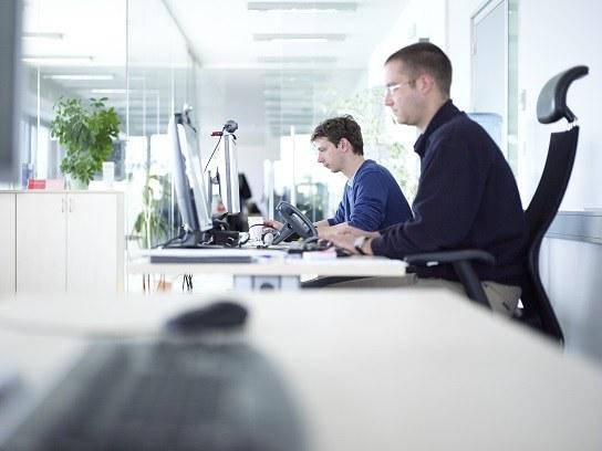 Objavljeno usposabljanje na delovnem mestu za več kot 4.500 brezposelnih